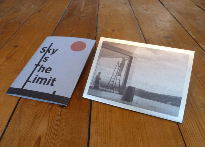 Foto gemaakt & afgewerkt op aluminium met ontwerp zilverglans envelop voor 'Mail Art Project' - '10 jaar Wolkenbreiers / Sky is the Limit', tentoonstelling van Leo Reijnders in Oude Beurs Antwerpen sept.-okt. 2016